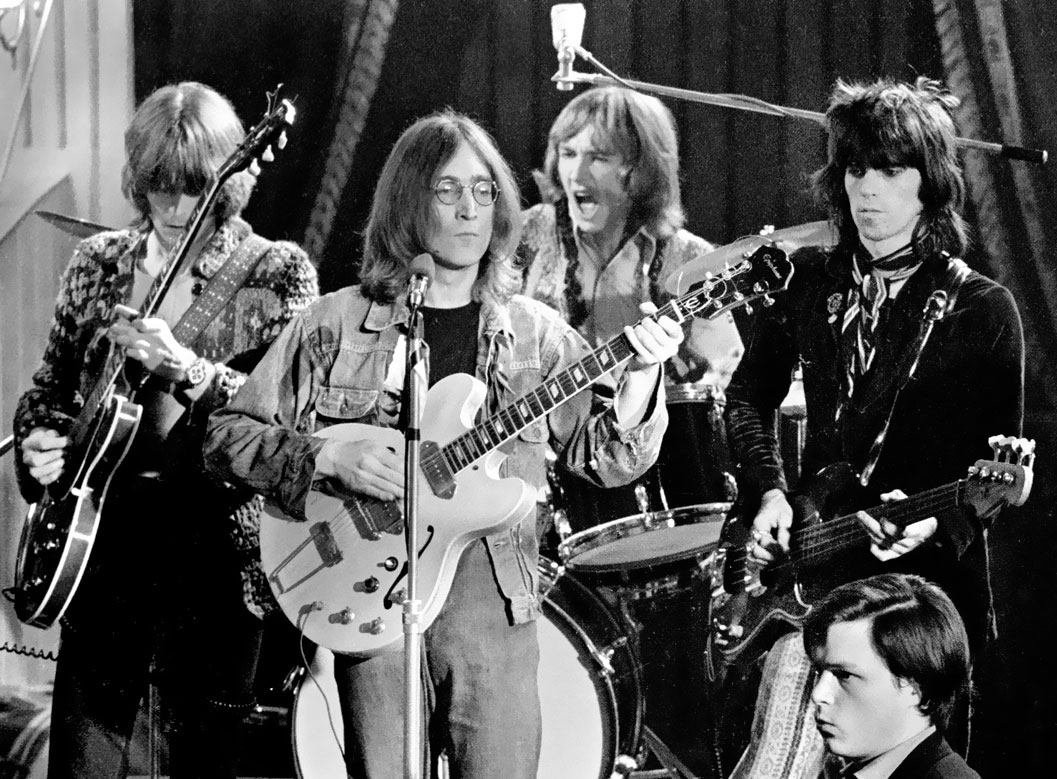 Eric-Clapton-and-John-Lennon-and-Mitch-Mitchell-and-Keith-Richards