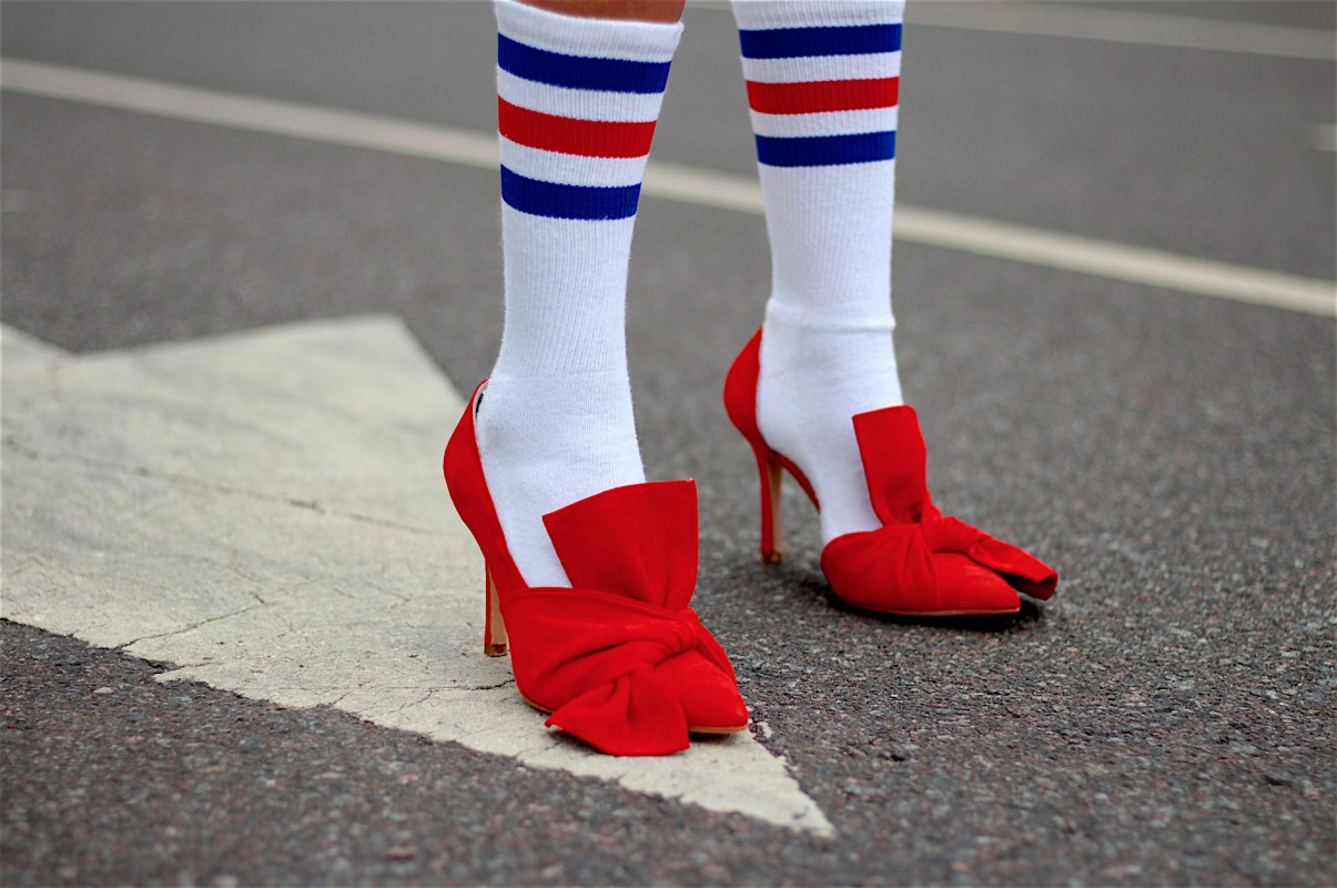 the_street_report_com-zapatos-rojos-tsr